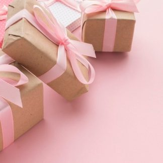 A GIFT GUIDE FOR THAT SPECIAL LADY